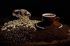 Caffè caravaggiesco (Luca Maresca) Tags: caff㨠caravggio contest legno naturamorta tazza caffè