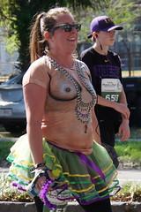 30 Rock 'n' Roll Marathon (Omunene) Tags: humanarocknrollmarathonneworleans2018 brooks race marathon 42195k 26219m esplanadeavenue faubourgstjohn neworleans runners shirtless pecs nipples navel bellybutton chest