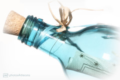 bottled love (photos4dreams) Tags: photos4dreams photos4dreamz p4d canoneos5dmark3 canoneos5dmarkiii bottle bottled inabottle glass glas flasche flaschenpost macromondays messageinabottle