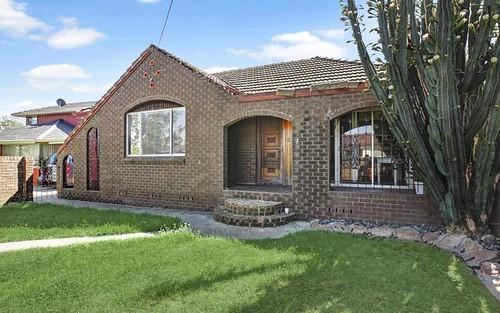 62 Dan St, Campbelltown NSW