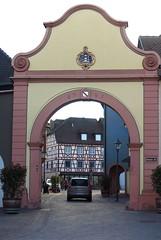 in the streets of Ettenheim (2) (mgheiss) Tags: ettenheim unterestor canong1xmark2