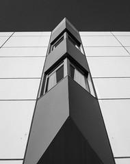Essen2018#1 (henningpietsch) Tags: 2018 deutschland essen nrw stadt germany haus architecture building wall bw blackandwhite schwarzweis weitwinkel sigma20mmf14dghsm art015 sigma20mmf14dghsm sigmaobjektiv sigmalens wideangle ruhrgebiet ruhrpott