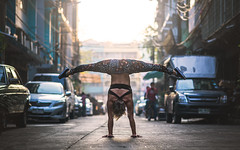 (dimitryroulland) Tags: dimitryroulland bangkok asia thailand city urban street natural light split flexible people flexibility pointe handstand balance nikon d600 85mm