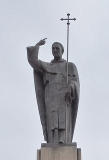 Patrono de Burgos Monumento a Santo Domingo de Guzman y de Aza escultor Manuel Romero Ortega Paseo de la Sierra de Atapuerca 01