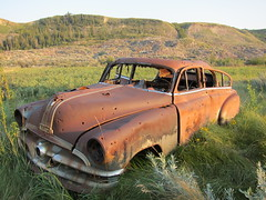 Abandoned ... (Mr. Happy Face - Peace :)) Tags: rusty abandoned art2018car vintage scenery landscape cans2s art2018 car rust badlands canada alberta