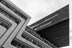 WU (Leipzig_trifft_Wien) Tags: university vienna hadid building architecture pov perspective lines curves modern contemporary monochrome black white bnw contrast repeating grey composition