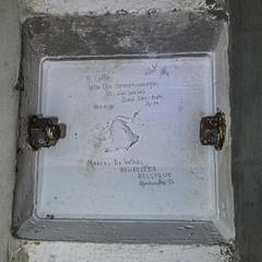 Graffiti Sep1950 : Clapham South Deep Shelter (Bob the Binman) Tags: nikon d7100 hiddenlondon londontransport londonunderground lul underground tunnels deepshelter ww2 blitz airraidshelter shelter secret london claphamsouth northernline londonist architecture
