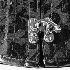 (#3.401) #Macro Mondays #Fasteners (unicorn 81) Tags: ef2470mmf28liiusm macromondays fasteners haken verschluss fastenersbefestigungen fastender befestigungsmittel schliese schloss