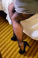 DSC_0013jj (ARDENT PHOTOGRAPHER) Tags: muscular calves flexing muscle legs muscularwoman