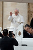 Papa-61 (Fabio Nedrotti) Tags: altreparolechiave luoghi papa papafrancesco persone roma vaticano piazza san pietro
