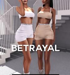 J'ADORE Set @ SHINY SHABBY (Rhuigi S. Godwin) Tags: betrayal betrayalsl jadior jadore bra fashion streetwear shiny shabby secondlife sl
