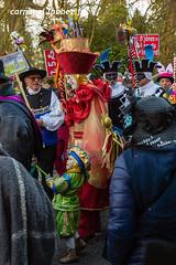 carnaval de Binche 2018 (louis.labbez) Tags: 2018 février binche belgique carnaval labbez flickrcarnival folklore chapeau défilé déguisement déguisé fête gras grimé maquillage parapluie carnival masque travesti carnavaleux masquelour chant foule tradition hainaut