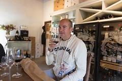 Tasting wine (davidthegray) Tags: wineroute sudafrica capetown boschendal wine cittàdelcapo kaapstad southafrica stellenbosch westerncape za