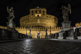 Lungotevere Castello at night