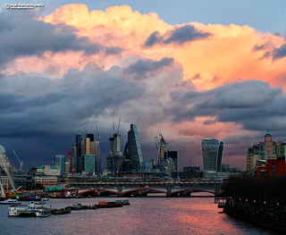 London_Pano_2, This is a 3 frames photo stitch.