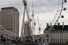Intersecting Lines (_quintin_) Tags: london eye ferris wheel crane city