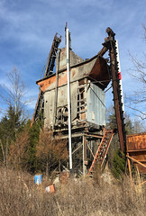 Loader (Restless Eye) Tags: rockytop tennessee usa coalcreek lakecity abandoned decayed rusted creepy tower iron rust steps