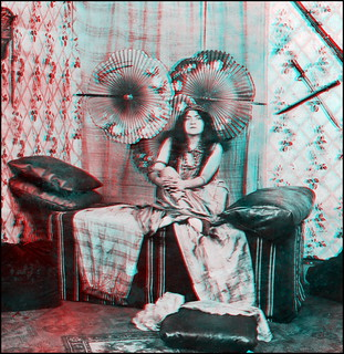 The Vamp I (anaglyph)