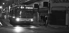 A5bis2 (El limitrofe) Tags: buenos aires san telmo argentina calle street night noche luces vistas miradas line 8 jovenes