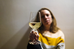 Simple Pleasures (CoolMcFlash) Tags: person woman portrait focus wine alcohol fujifilm xt2 flickrfriday simplepleasures glass holding frau fokus dof depthoffield wein alkohol fotografie photography glas weinglas xf 35mmf 14 r genuss