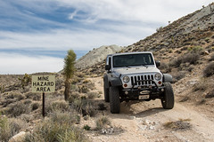 An Invitation Sign (W9JIM) Tags: california unitedstates w9jim w9jeep minehazardarea dvnp deathvalley ubhebemine stonepencilmine jeep jeeping 4wd offroad 7d2 24105l