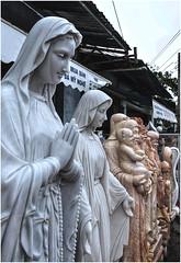 629 - MAS TALLAS EN MÁRMOL - DANANG - VIETNAM - (--MARCO POLO--) Tags: ciudades esculturas tallas asia curiosidades