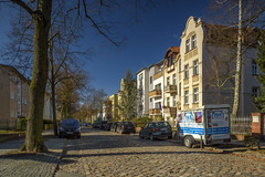 Sunday Morning In My Street (dietmar-schwanitz) Tags: berlin germany deutschland steglitz lankwitz strase street häuser houses autos cars himmel sky blau blue nisifilters polarizer cpl gnd farbe color colour kontrast contrast sirui nikond750 nikonafsnikkor24120mmf40ged lightroom nikcollection colorefex dietmarschwanitz