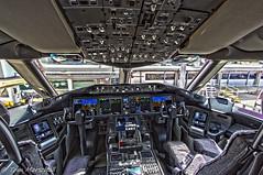 VH-ZNA B789 QF QF439 Cockpit YMML 091217-1 (Tom Marschall) Tags: plane aviation yssy syd