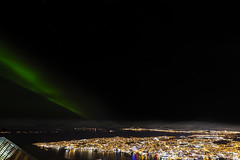 Nordlicht über Tromsø (Role Bigler) Tags: canoneos5dsr langzeitaufnahme longexposure nacht nachthimmel natur nature nightsky norwegen nothernlight sigma14mm18art stars troms auroraborealis cold light manfrotto night nordlicht norge norway polarlicht wideangle winter