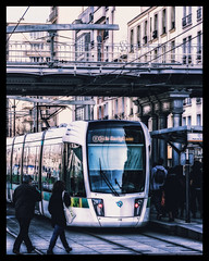 Anonymes (Daniel_Hache) Tags: exterieur sigma people outdoor canon tramway anonymous paris hiver anonymes 550d winter eos 1770 20e îledefrance france fr