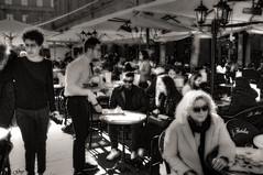 Le retour du soleil et le feu en terrasse... (Guy World Citizen) Tags: cafe terrasse people terrace street ngc blackwhite capitole toulouse france