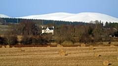 The white house (stuartcroy) Tags: scotland scenery sony still snow beautiful blue