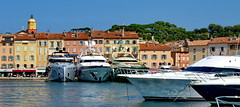 Jetset Armada (gerard eder) Tags: world travel reise viajes europa europe france côtedazur sainttropez francia frankreich costaazul puerto harbour hafen harbor city ciudades cityscape cityview boats boote barcas yacht yachting yachtingclub ships ship wasser water outdoor landscape landschaft paisajes panorama