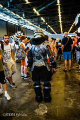 Japan Expo 2017 4e jrs-365 (Flashouilleur Fou) Tags: japan expo 2017 parc des expositions de parisnord villepinte cosplay cospleurs cosplayeuses cosplayers française français européen européenne deguisement costumes montage effet speciaux fx flashouilleurfou flashouilleur fou manga manhwa animes animations oav ova bd comics marvel dc image valiant disney warner bros 20th century fox star wars trek jedi sith empire premiere ordre overwath league legend moba princesse lord ring seigneurs anneaux saint seiya chevalier du zodiaque