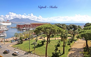 THE VESUVIUS VOLCANO NEAR the BAY of NAPOLI in ITALY  ( Last eruption was in 1944 )