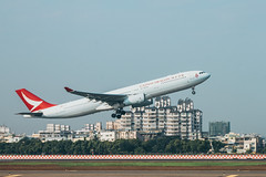 _MG_5033 (waychen_c) Tags: aircraft airplane aviation airport airbus a330 a330300 cathaydragon bhle khh rckh kaohsiung kaohsiungairport 國泰港龍航空 港龍 高雄 小港 小港區 小港機場 siaogang siaogangdistrict