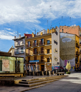 Plaza Tossal - Valencia (Spain) (Fujifilm X70 28mm f2.8 Trans-X Compact)  (1 of 1)