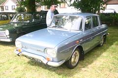 1968 Renault 10. Moffat Classic Weekend. (Yesteryear-Automotive) Tags: renault 10 ten motorcar car moffat classic weekend