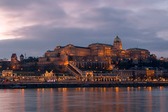 IMG_12621 (maro310) Tags: 2017 365project 70d budacastle budaivar budapest canon cloudporn danube donau duna hungary magyarorszag unesco vizivaros architecture building city citylights clouds colours epiteszet epulet longexposure outdoor reflection river riverfront sightseeing sky spiegelung tel tukrozodes urban varosnezes water waterfront winter 250v10f 500v20f
