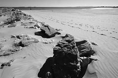 STEPS (VICENTEPAYA8) Tags: bw fujifilmxt2 fujinon1024 pinedo valéncia sea shore