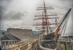 Famous Dundee Ship RRS Discovery and V and A Museum of Design - Dundee Waterfront Dundee Scotland (Magdalen Green Photography) Tags: famousdundeeshiprrsdiscovery rrsdiscovery historicship vandamuseumofdesign museum dundeewaterfront bonniedundee dundee scotland vanda clouds magdalengreenphotography 8866