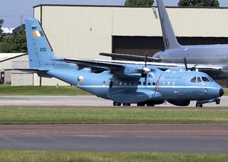 252_CASA CN235M_Irish Air Corp_EGVA_5040