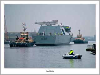HMS Daring to KGV