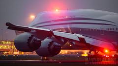 A7-HBJ (tynophotography) Tags: qatar airways amiri flight a7hbj 7478 bbj 748 747 ams amsterdam eham schiphol boeing beacon nightshot