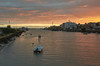 jlvill  060 Rio Guadalete  (Hora Dorada) (jlvill) Tags: rio rios barcos barcas nubes atardecer ocaso puertos 1001nights 1001nightsmagiccity