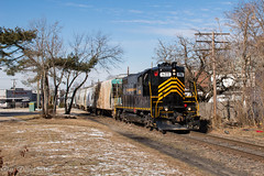 W&W 811 @ Millville, NJ (Dan A. Davis) Tags: ww winchesterwestern ms31 freighttrain railroad locomotive train nj newjersey millville gp9