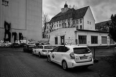 Kreuzberg Mehringdamm (Berlin-Knipser) Tags: berlin blackandwhite bw blackwhite artinbw schwarzweis schwarzweiss sw sonya7ii canonfd deutschland germany kreuzberg architektur dragonerareal