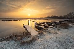 Snow at sunrise... (Grégory Dolivet) Tags: neige brière leverdesoleil barque chaland nuage soleil ponton eau paysage bretagne saintandredeseaux