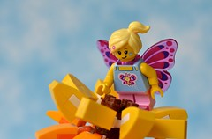 Butterfly Fairy (linda_lou2) Tags: 365the2018edition 3652018 day51365 20feb18 51365 365toyproject odc busy 118picturesin2018 themeno83 fantasybeingscreatures lego minifigure minifig sunflower butterflygirl series17 fairy butterfly
