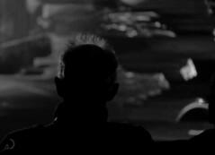 Le spectateur, exposition commémorative L. Cohen (bd168) Tags: blancetnoir blackandwhite people spectator hair cheveux spectateur personnes fujifilm xt10 xf50mmf2